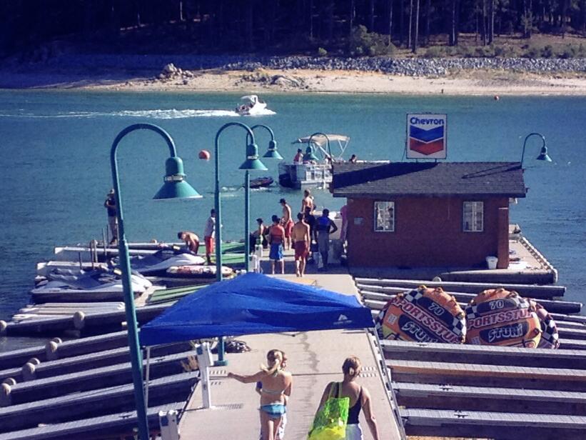 2014-06-28-bass-lake-marina-001