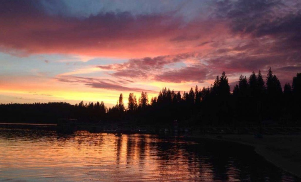 2015-06-29-bass-lake-ca-marina-sunset-002