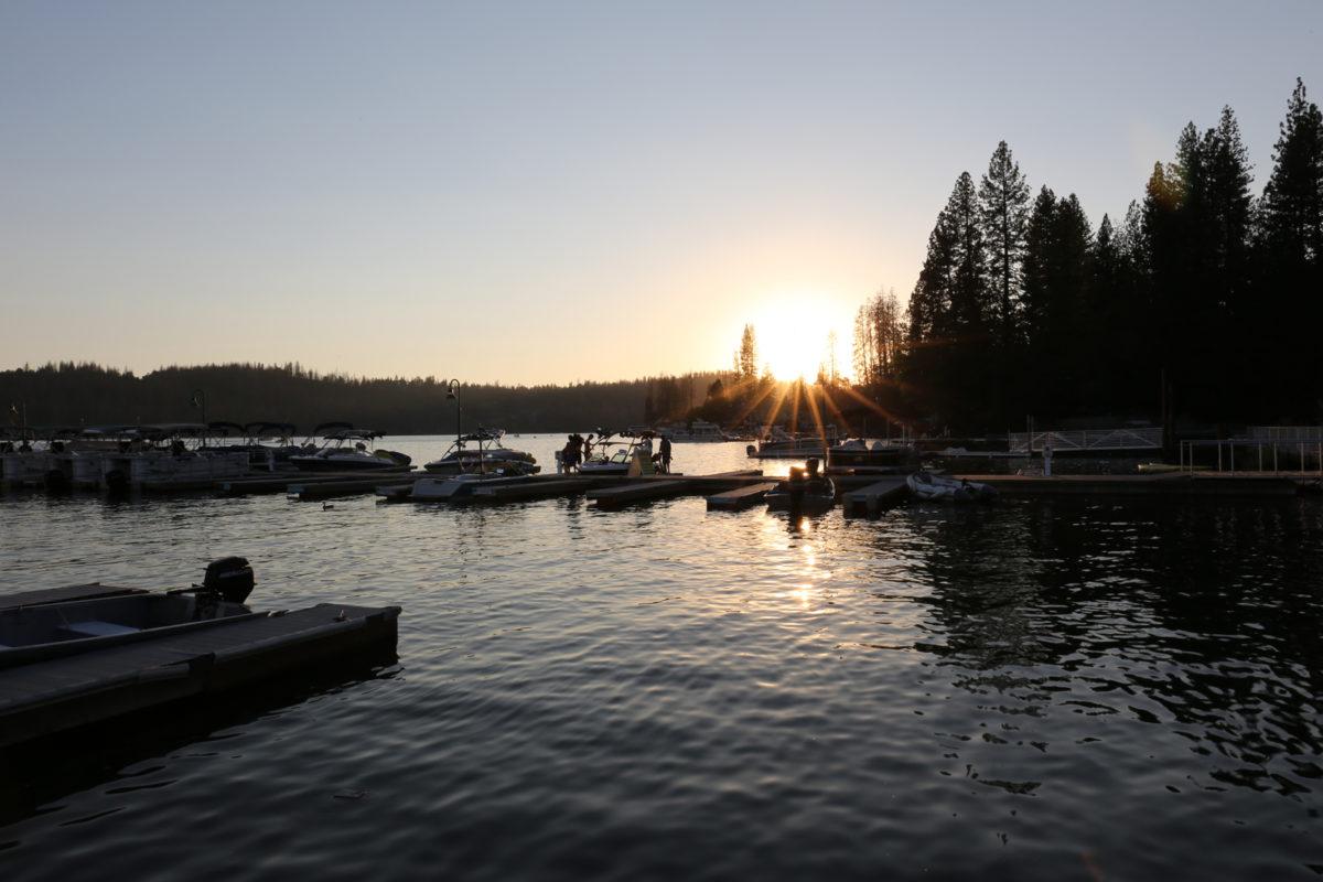 2016-bass-lake-boat-rentals-marina-california-001